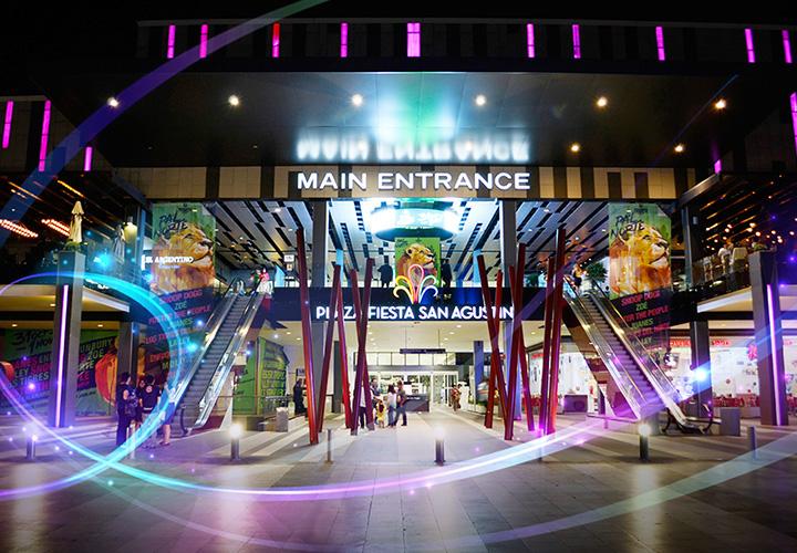 Centro Comercial Main Entrance
