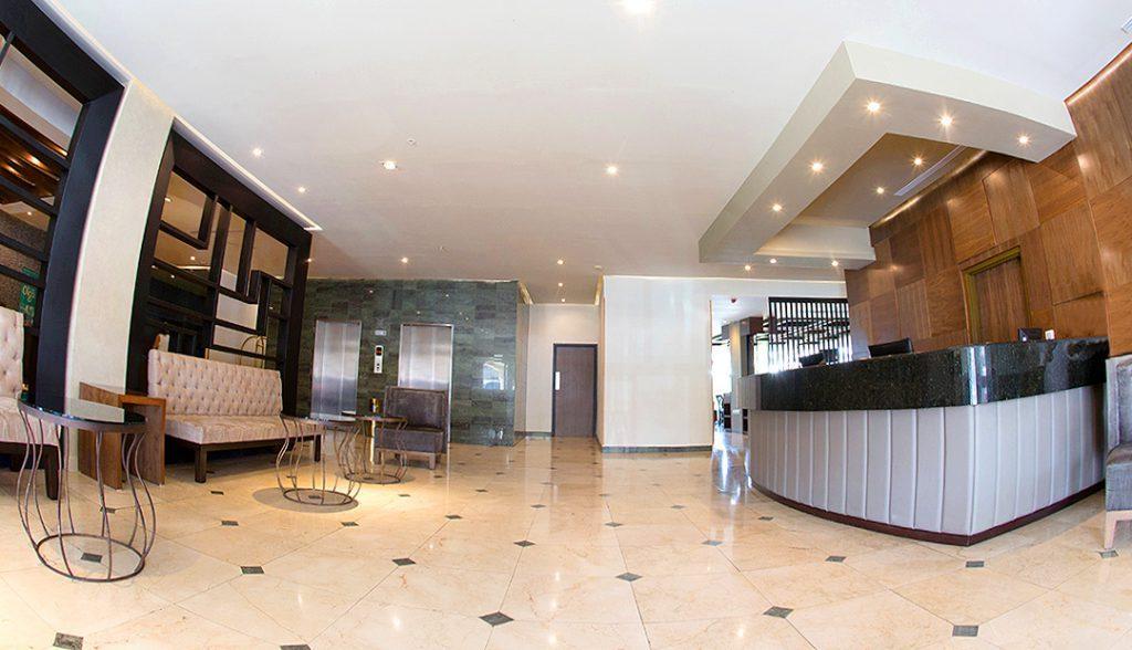 <h6> LOBBY GALERIAS   </h6><p> Enjoy our facilities.</p>