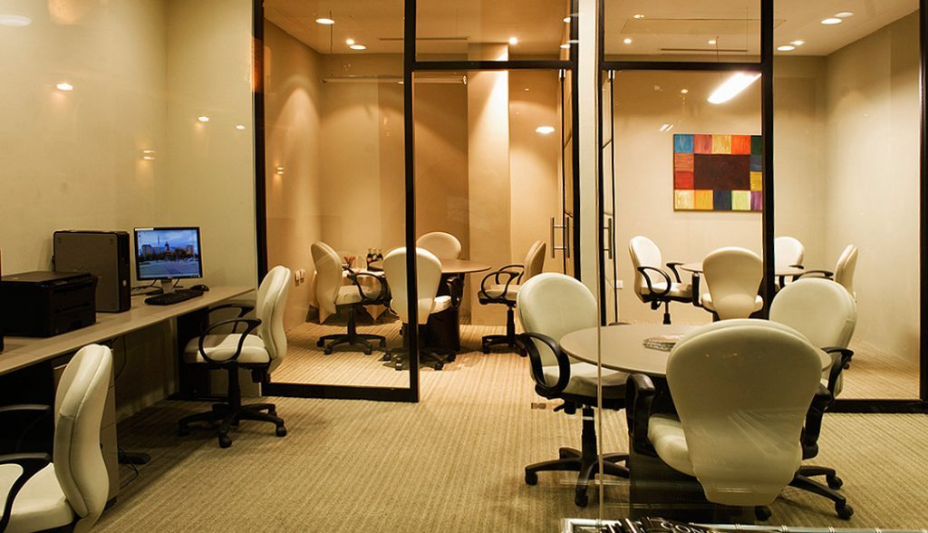 <h6> BUSINESS CENTER  </h6><p> Available 24 hrs. </p>