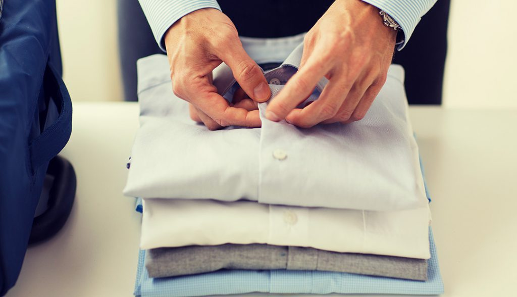<h6> LAUNDRY AND DRY CLEANING  </h6><p> Your clothes clean and dry in your room. express service available.</p>