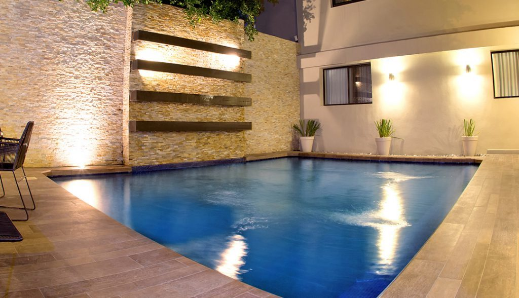 <h6>SWIMMING POOL AREA </h6><p> Enjoy our facilities.</p>